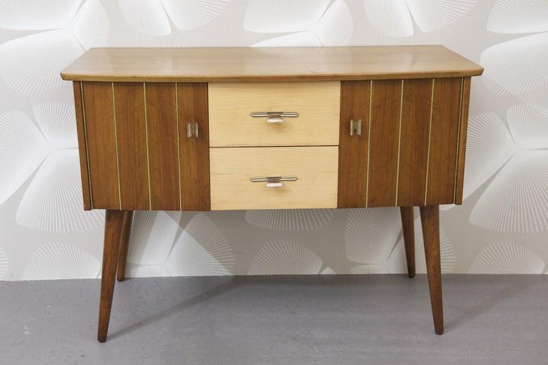 kleine kommode nussbaum birke bliss modern antiques. Black Bedroom Furniture Sets. Home Design Ideas