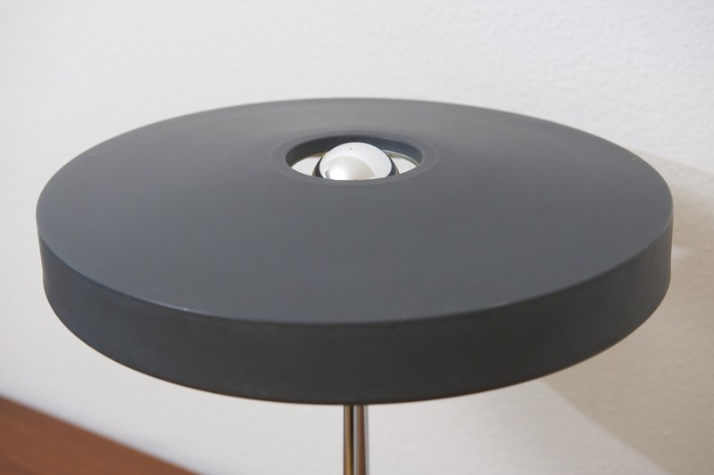 philips tischleuchte timor anthrazit louis kalff bliss. Black Bedroom Furniture Sets. Home Design Ideas