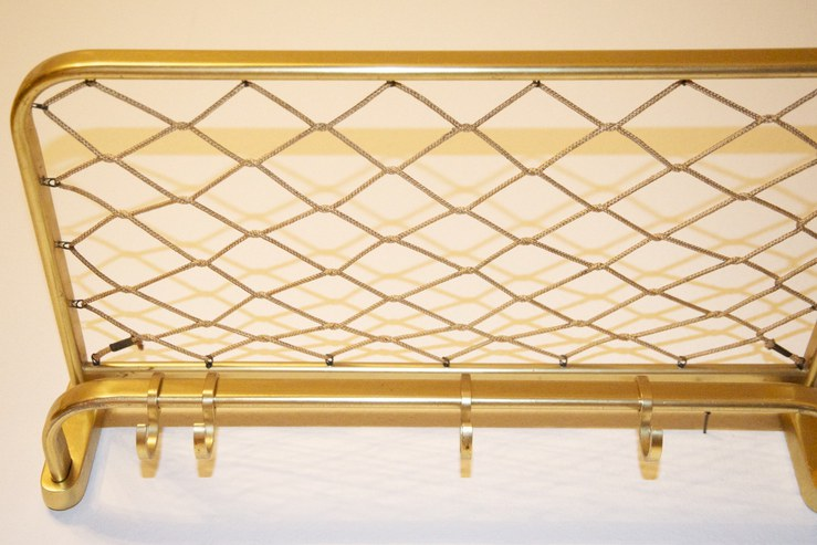 Kleine wandgarderobe mit 4 haken gold bliss modern antiques for Kleine wandgarderobe