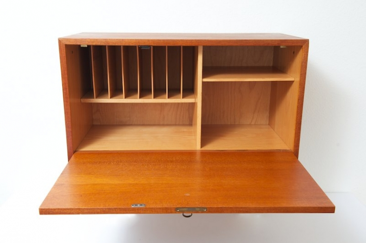 string regal system korpus mit klappt re bar sekret r bliss modern antiques. Black Bedroom Furniture Sets. Home Design Ideas