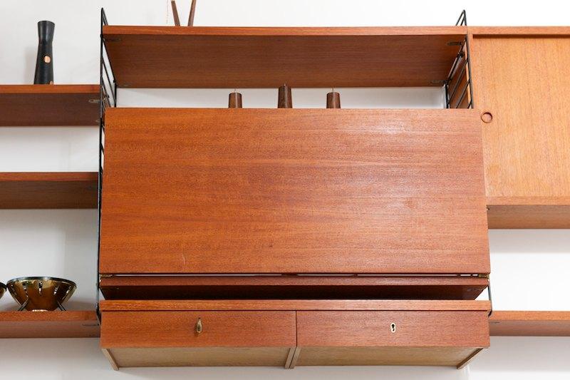 string regal system ausklappbarer schreibtisch mit 2. Black Bedroom Furniture Sets. Home Design Ideas