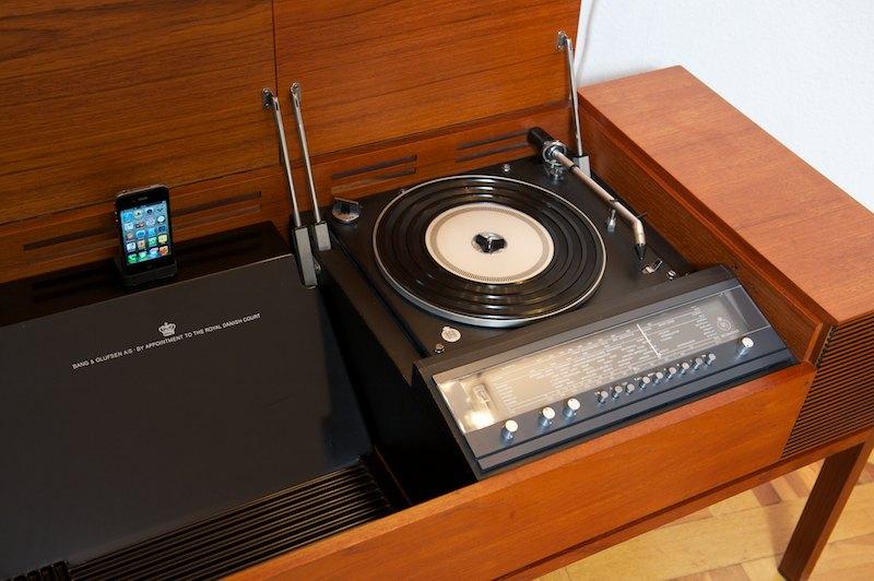 bang olufsen b o beomaster musiktruhe deluxe 1968. Black Bedroom Furniture Sets. Home Design Ideas