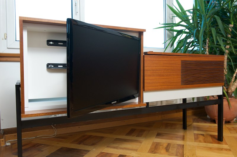 blaupunkt metropolitan mit tv 1968 audio tv m bel radio tv lp smartphone bliss modern antiques. Black Bedroom Furniture Sets. Home Design Ideas