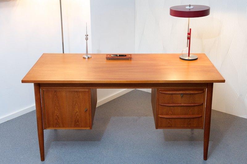 teak schreibtisch mann deluxe 1960 bliss modern antiques. Black Bedroom Furniture Sets. Home Design Ideas