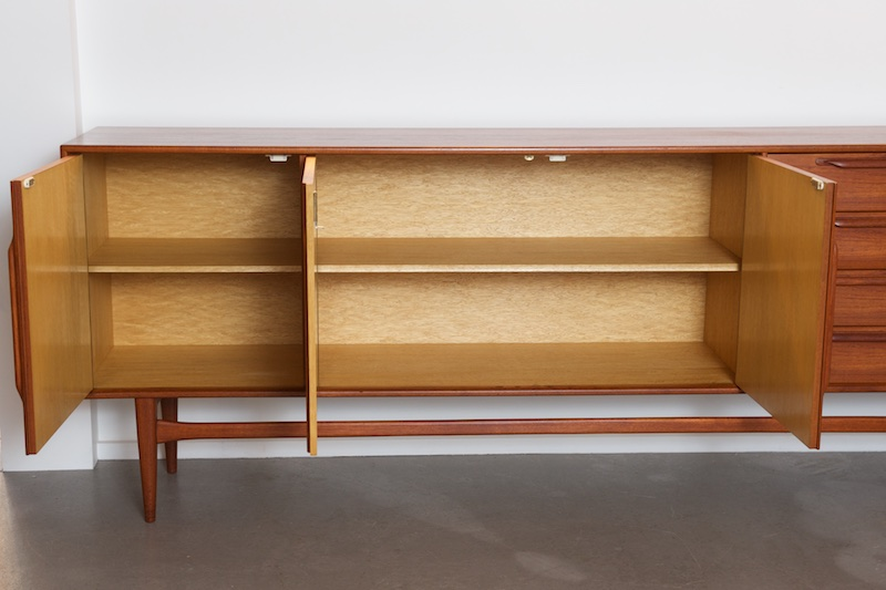grosses sideboard heinrich riestenpatt teak 1960er bliss modern antiques. Black Bedroom Furniture Sets. Home Design Ideas