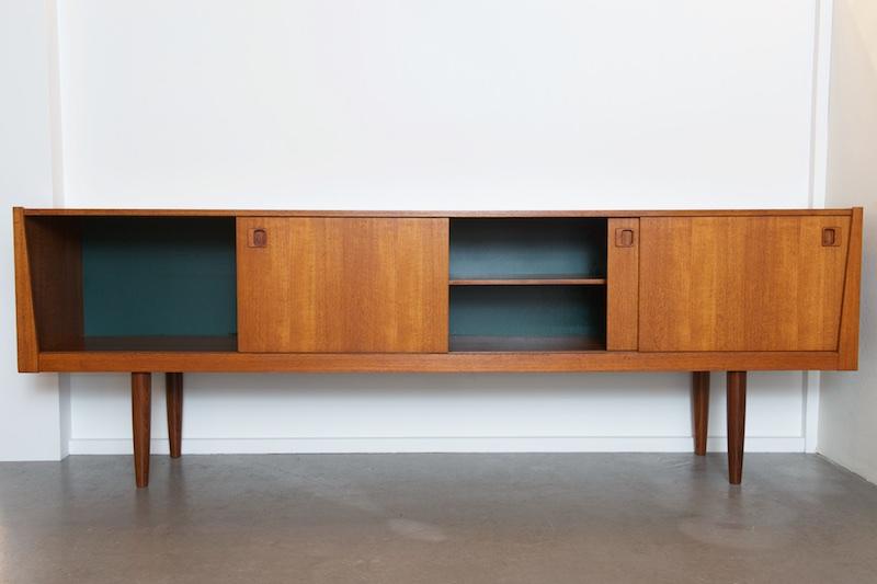 langes teak sideboard redekta 1970 bliss modern antiques. Black Bedroom Furniture Sets. Home Design Ideas