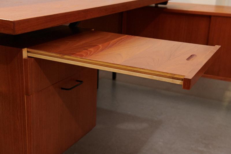 teak schreibtisch mit bar mit kontor 1960er bliss modern antiques. Black Bedroom Furniture Sets. Home Design Ideas